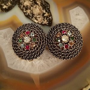 Vintage Judy Lee Round clip on earrings GUC